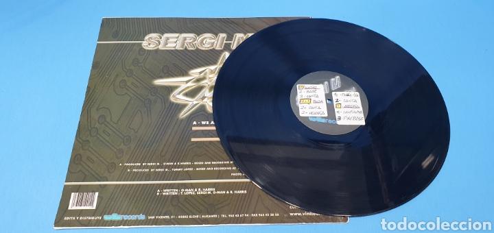 Discos de vinilo: DISCO DE VINILO - SERGI M - WE ARE THE STRANGERS - Foto 3 - 240602540