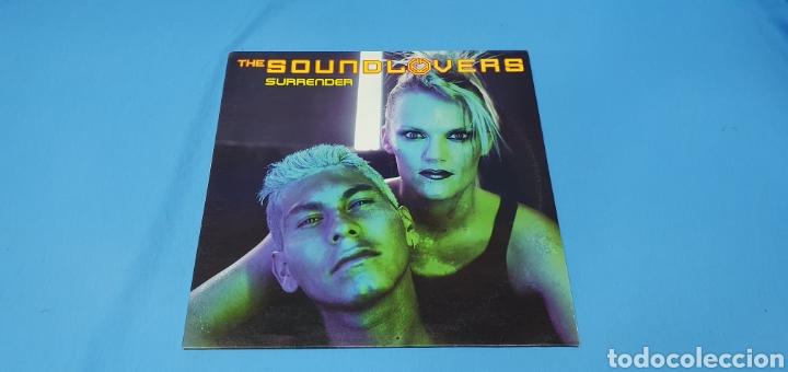 DISCO DE VINILO - THE SOUND LOVERS - SURRENDER (Música - Discos de Vinilo - Maxi Singles - Pop - Rock Internacional de los 90 a la actualidad)
