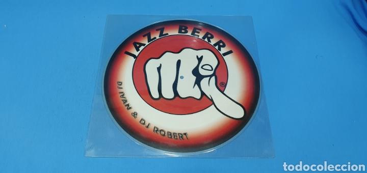 DISCO DE VINILO - JAZZ BERRI - DJ IVAN & DJ ROBERT (Música - Discos de Vinilo - Maxi Singles - Pop - Rock Internacional de los 90 a la actualidad)