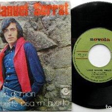Discos de vinilo: JOAN MANUEL SERRAT - COMO UN GORRIÓN / SI LA MUERTE PISA MI HUERTO - SINGLE NOVOLA 1970 BPY. Lote 240684410
