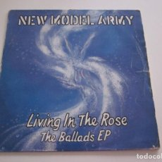 "Discos de vinilo: NEW MODEL ARMY - LIVING IN THE ROSE - THE BALLADS EP (12"", EP). Lote 240951050"