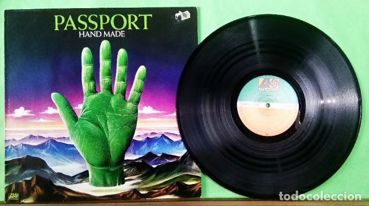 PASSPORT. HANDS MADE - LIMPIO,TRATADO CON ALCOHOL ISOPROPÍLICO (Música - Discos - LP Vinilo - Jazz, Jazz-Rock, Blues y R&B)