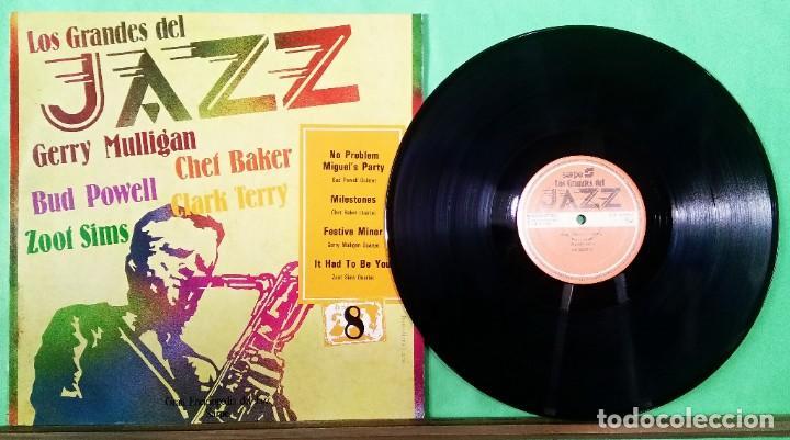GERRY MULLIGAN/CHET BAKER.OTROS . GRANDES DEL JJAZZ 8 - LIMPIO,TRATADO CON ALCOHOL ISOPROPÍLICO (Música - Discos - LP Vinilo - Jazz, Jazz-Rock, Blues y R&B)