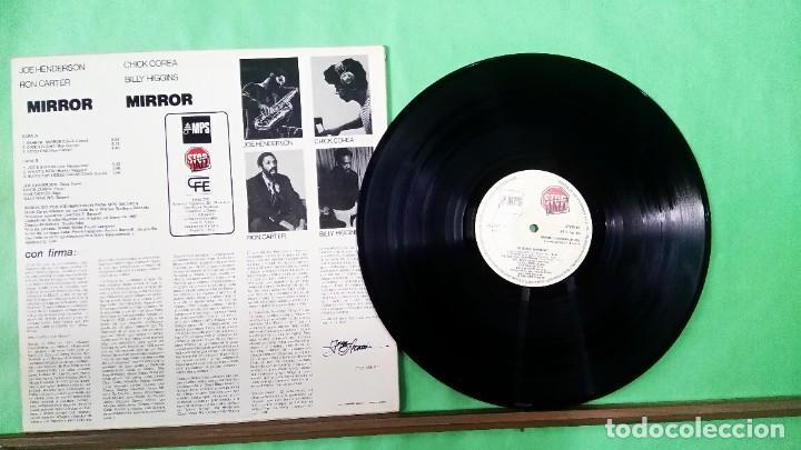 Discos de vinilo: CHICK COREA .JOE HENDERSON. MIRROR - LIMPIO,TRATADO CON ALCOHOL ISOPROPÍLICO - Foto 2 - 241493545