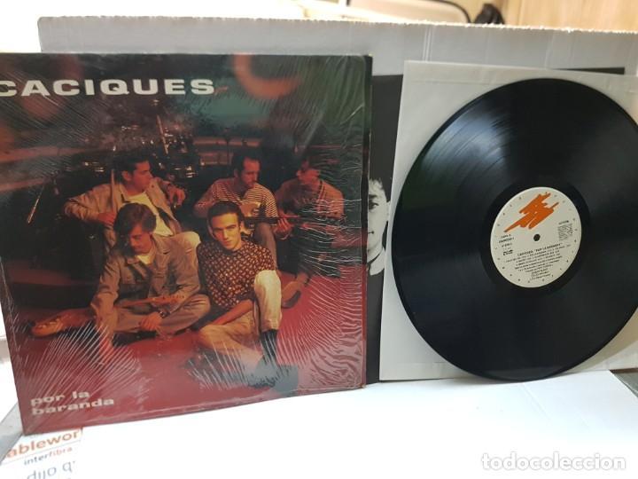 LP-LOS CACIQUES -POR LA BARANDA- EN FUNDA ORIGINAL 1993 (Música - Discos - LP Vinilo - Grupos Españoles de los 70 y 80)