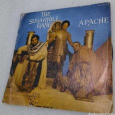 Disques de vinyle: THE SUGARHILL GANG - APACHE. Lote 243074005