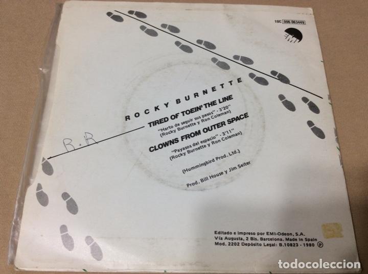 Discos de vinilo: ROCKY BURNETTE-Tired Of Toein The Line-Harto De Seguir Tus Pasos. - Foto 2 - 243091585