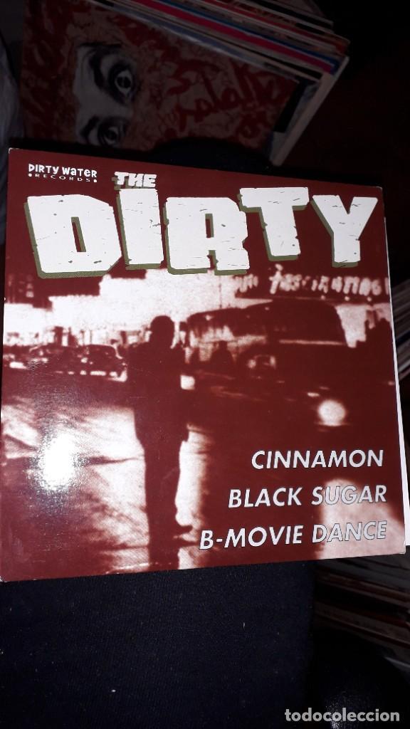 """E.P. 45 RPM - THE DIRTY """"CINNAMON""""//""""BLACK SUGAR"""", """"B-MOVIE DANCE"""" (GARAGE ROCK 2003) (Música - Discos de Vinilo - EPs - Pop - Rock Internacional de los 90 a la actualidad)"""