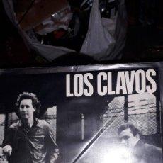 """Discos de vinilo: E.P. 7"""" 45 RPM - LOS CLAVOS - """"DÍAS EN BLANCO"""" (1990 GARAGE ROCK - DISCOS MEDICINALES). Lote 243437800"""