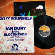 Discos de vinilo: IAN DURY & THE BLOCKHEADS DO IT YOURSELF LP VINILO UK DEL AÑO 1979 ENCARTE CONTIENE 10 TEMAS RARO. Lote 243467535