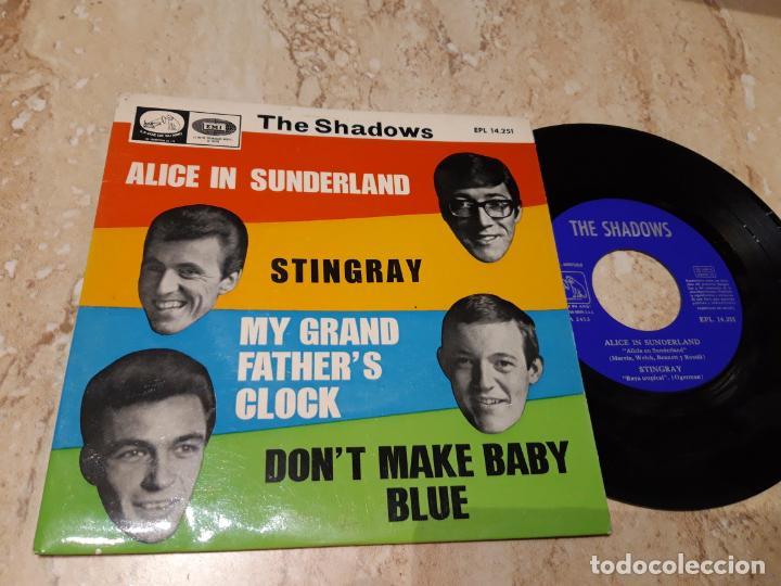 THE SHADOWS / MY GRANDFATHER'S CLOCK / DON'T MAKE MY BABY BLUE / ALICE IN SUNDERLAND / ESPAÑA-1966- (Música - Discos de Vinilo - EPs - Pop - Rock Internacional de los 50 y 60)