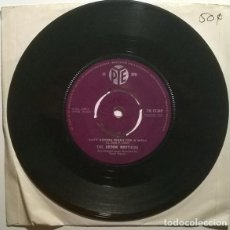 Discos de vinilo: THE BROOK BROTHERS. ONE LAST KISS/ AIN'T GONNA WASH FOR A WEEK. PYE, UK 1961 SINGLE. Lote 243685515