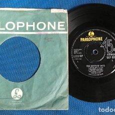 Discos de vinilo: BEATLES SINGLE ORIGINAL AÑOS 60 GREAT BRITAIN CON FUNDA DE EPOCA. Lote 243793365