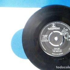 Discos de vinilo: BEATLES SINGLE ORIGINAL GREAT BRITAIN CONJUNTO MUSICAL. Lote 243794190