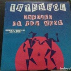 Discos de vinilo: INTERPOL- DANCING ON THE MOON. Lote 243886145