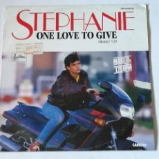Discos de vinil: STEPHANIE - ONE LOVE TO GIVE (REMIX) - 1986. Lote 243944105