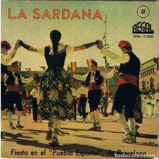 Discos de vinilo: SARDANA, FIESTA EN EL PUEBLO ESPAÑOL DE BARCELONA. COBLA PRINCIPAL BISBAL. SINGLE 45 RPM, AÑO 1959. Lote 244470080