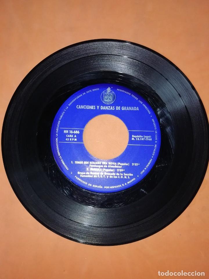 Discos de vinilo: CANCIONES Y DANZAS DE GRANADA. HISPAVOX 1968. - Foto 3 - 244501185