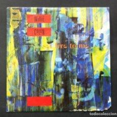 Discos de vinilo: WILLIE COLON SET FIRE TO ME - SINGLE 1986 - WEA. Lote 244553740