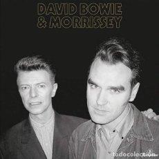 Discos de vinilo: DAVID BOWIE & MORRISSEY – COSMIC DANCER -SINGLE-. Lote 244561865