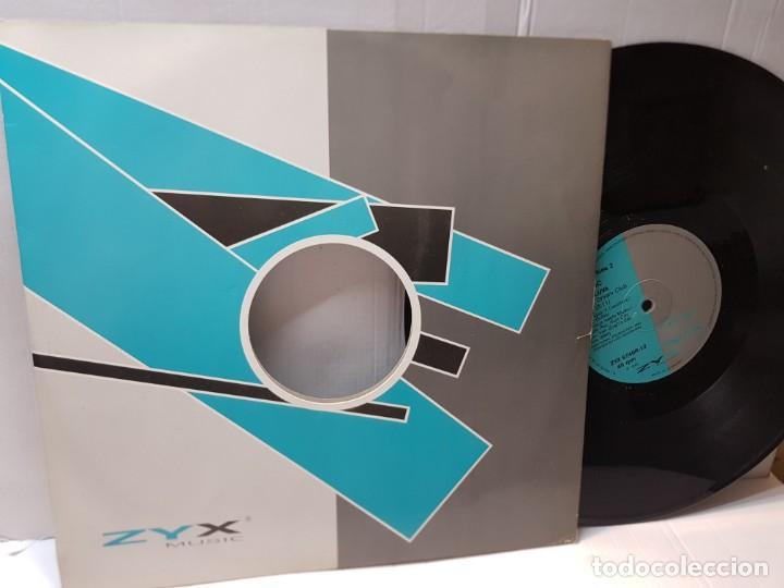 Discos de vinilo: MAXI SINGLE-BHC HELLUVA-DREAM CLUB- en funda original 1992 - Foto 2 - 244601155