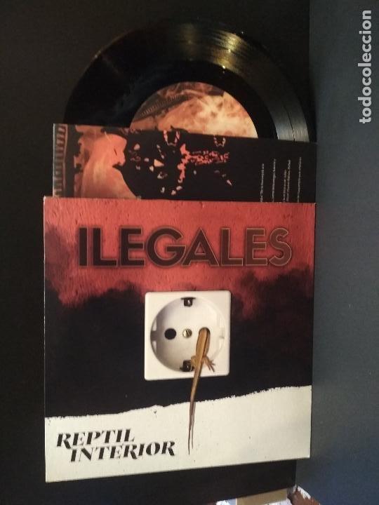 ILEGALES REPTIL INTERIOR + JUANCHO CANAL + AYATOLAH + 1 EP 2020 PEPETO (Música - Discos de Vinilo - EPs - Grupos Españoles de los 90 a la actualidad)