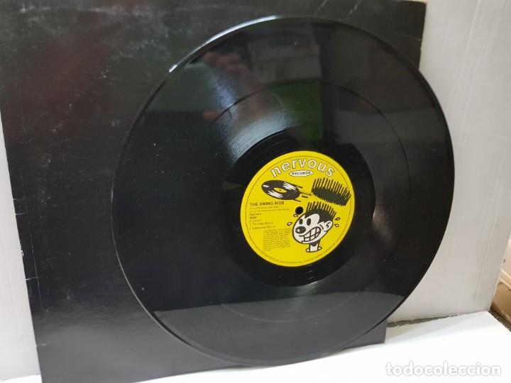 Discos de vinilo: MAXI SINGLE 33 1/3 -THE SWING KIDS-THE DOPE MIX- en funda original 1991 - Foto 2 - 244642480
