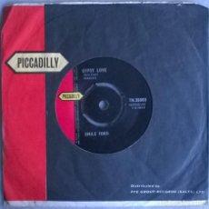 Discos de vinilo: EMILE FORD. GYPSY LOVE/ HALF OF MY HEART. PICADILLY, UK 1961 SINGLE. Lote 244768530