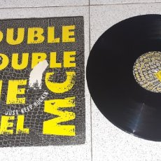 Discos de vinilo: DOUBLE TROUBLE & THE REBEL MC - JUST KEEP ROCKIN - MAXI - UK - DESIRE RECORDS - LV -. Lote 244815965