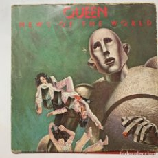 Discos de vinilo: CARPETA Y LETRAS DEL LP QUEEN NEWS OF THE WORLD EDICIÓN ESPAÑOLA DE 1977. Lote 244820455