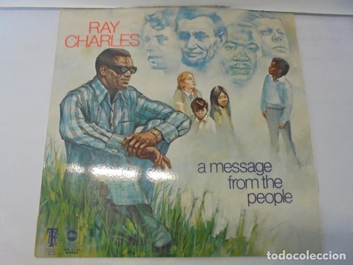 Discos de vinilo: RAY CHARLES. A MESSAGE FROM THE PEOPLE. LP VINILO. HISPAVOX 1972. - Foto 2 - 244847235