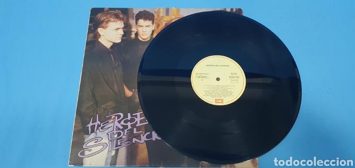 Discos de vinilo: DISCO DE VINILO - HEROES DEL SILENCIO - HEROE DE LEYENDA - 1987 - Foto 2 - 245009485