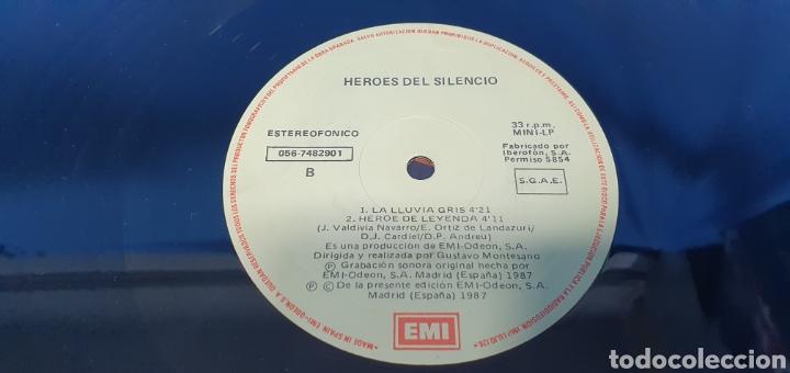 Discos de vinilo: DISCO DE VINILO - HEROES DEL SILENCIO - HEROE DE LEYENDA - 1987 - Foto 6 - 245009485