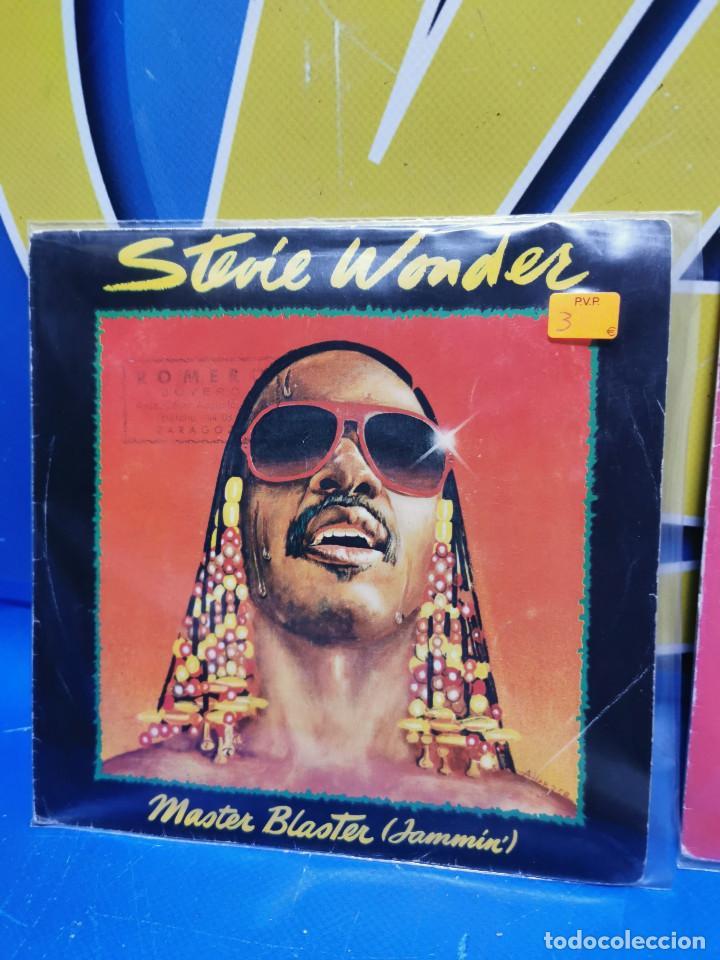 Discos de vinilo: Lote 2 eps 7´´ Vinilos singles STEVIE WONDER master blaster-buen estado - Foto 2 - 245138585