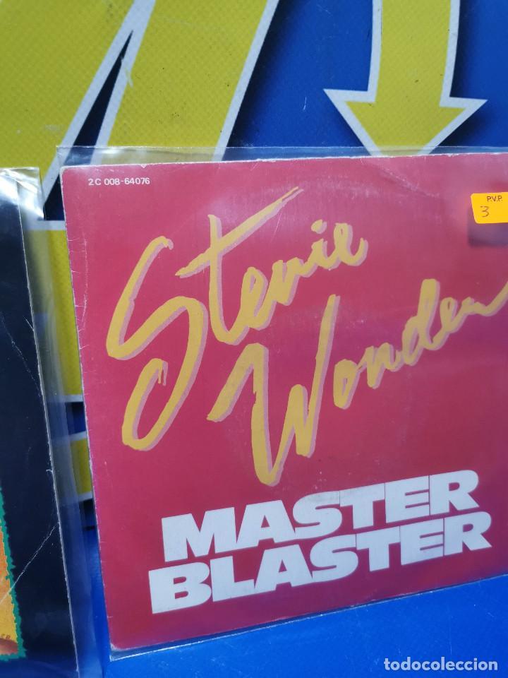 Discos de vinilo: Lote 2 eps 7´´ Vinilos singles STEVIE WONDER master blaster-buen estado - Foto 3 - 245138585