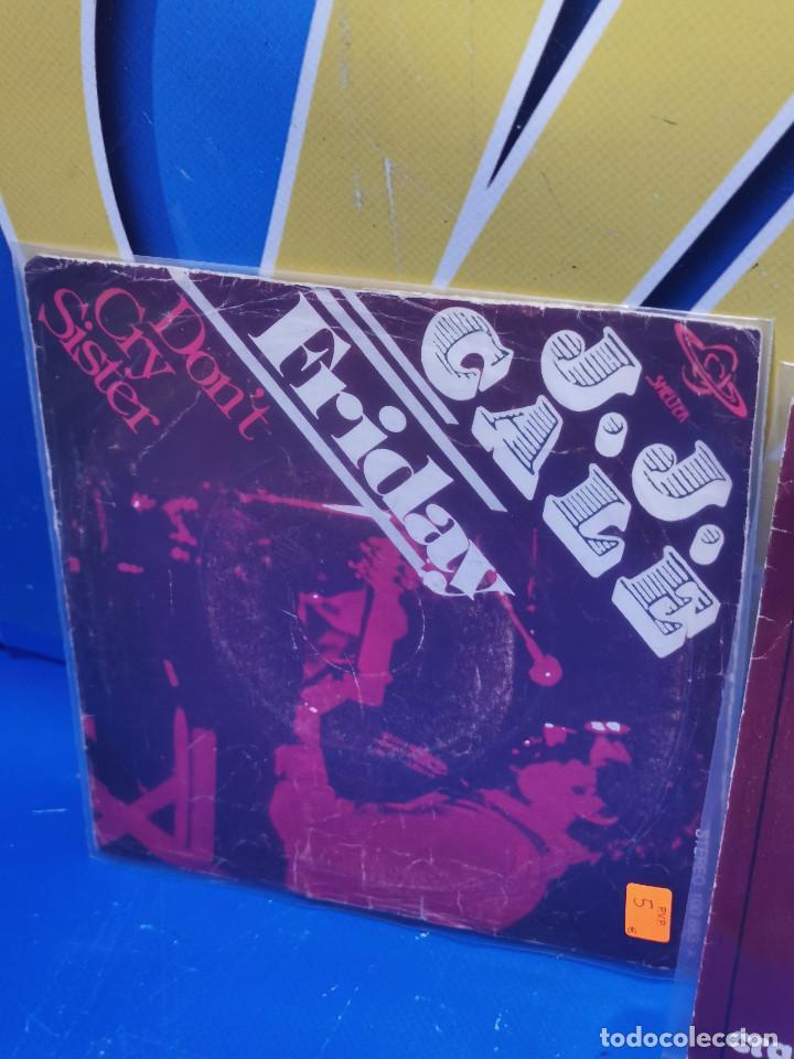 Discos de vinilo: Lote 2 eps 7´´ Vinilos -J.J CALE -CRAZY MAMMA-FRIDAY-DONT GO TO STRANGERS - Foto 3 - 245140270