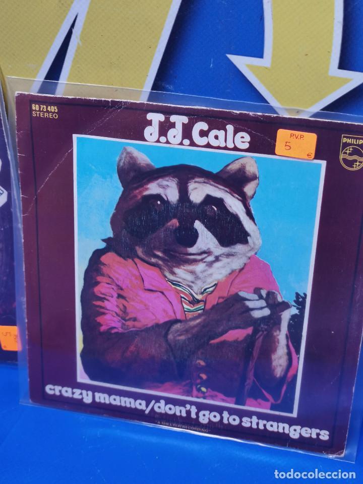 Discos de vinilo: Lote 2 eps 7´´ Vinilos -J.J CALE -CRAZY MAMMA-FRIDAY-DONT GO TO STRANGERS - Foto 4 - 245140270