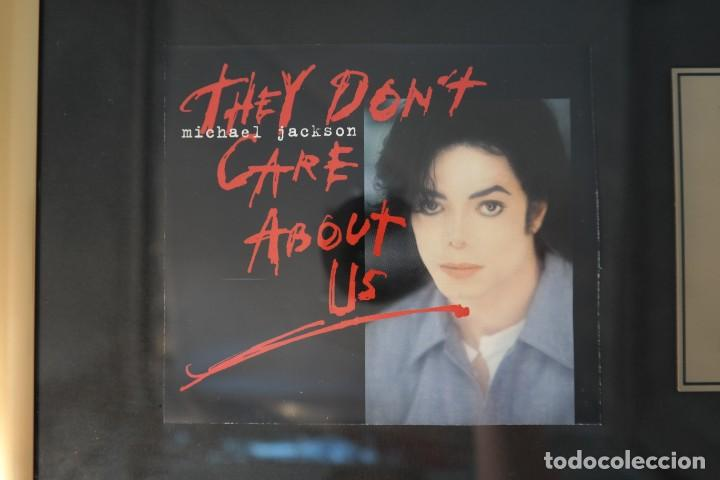 """Discos de vinilo: Michael Jackson - They dont care about us - 7"""" Single CD Records golden plated record Special Gold - Foto 3 - 245193560"""