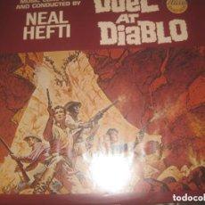 Discos de vinilo: DUEL AT DIABLO ( CON JAMES GARDNER (MCA RECORDS 1966 ) RE EDITADO USA BUEN ESTADO. Lote 245221590