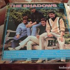 Discos de vinilo: º THE SHADOWS - WALKIN WITH THE SHADOWS - REGAL POP ESPAÑA 1972. Lote 245443350