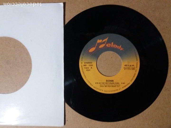 SONIK / EYE IN THE SKY / SINGLE 7 PULGADAS (Música - Discos - Singles Vinilo - Pop - Rock Internacional de los 90 a la actualidad)