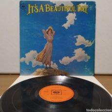 Discos de vinilo: IT'S A BEAUTIFUL DAY - IDEM 1969 1ER ED UK GATEFOLD. Lote 245747395