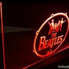 Discos de vinilo: CARTEL CUADRO LED LUMINOSO THE BEATLES LOS. Lote 246011610
