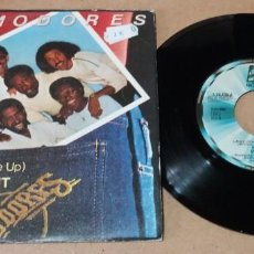 Discos de vinilo: COMMODORES / LADY (YOU BRING ME UP) / SINGLE 7 PULGADAS. Lote 246177175