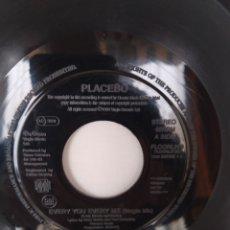 Discos de vinilo: PLACEBO- EVERY YOU EVERY ME, RARO SINGLE UK VERSION JUKEBOX. Lote 246228575
