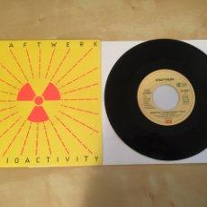 "Discos de vinilo: KRAFTWERK - RADIOACTIVITY - RADIO PROMO SINGLE 7"" - 1991. Lote 246349790"
