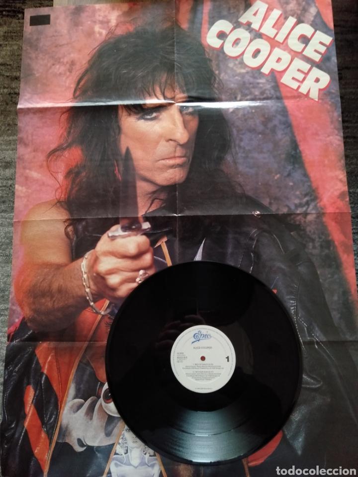 """Discos de vinilo: Alice Cooper. Maxi Single 12"""" """" Bed Of Nails """". Edición U.K. 1989. Contiene Póster. - Foto 4 - 246488890"""