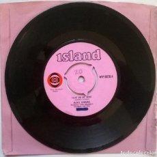Discos de vinilo: JACKIE EDWARDS. JULIE ON MY MIND/ IF THIS IS HEAVEN. ISLAND, UK 1968 SINGLE (PINK LABEL). Lote 247006510