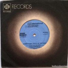 Discos de vinilo: DIONNE WARWICK. (THEME FROM) VALLEY OF THE DOLLS/ ZIP-A-DEE-DOO-DAH. PYE, UK 1967 SINGLE. Lote 247239445