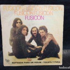 Discos de vinilo: FUSIOON. RAPSODIA PARA UN VIOLÍN. SINGLES. Lote 247283340